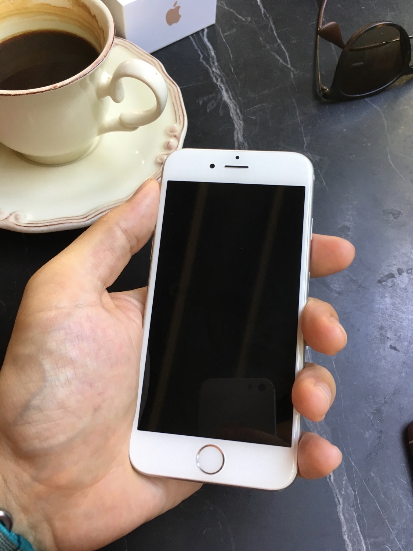 iphone-se-23.jpg
