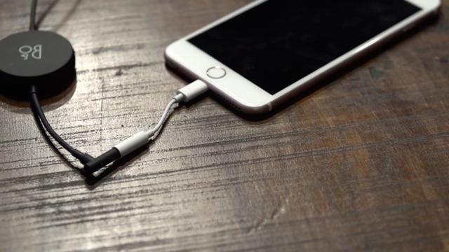 yeni-iphone-kulaklik-cikisi-5.jpg