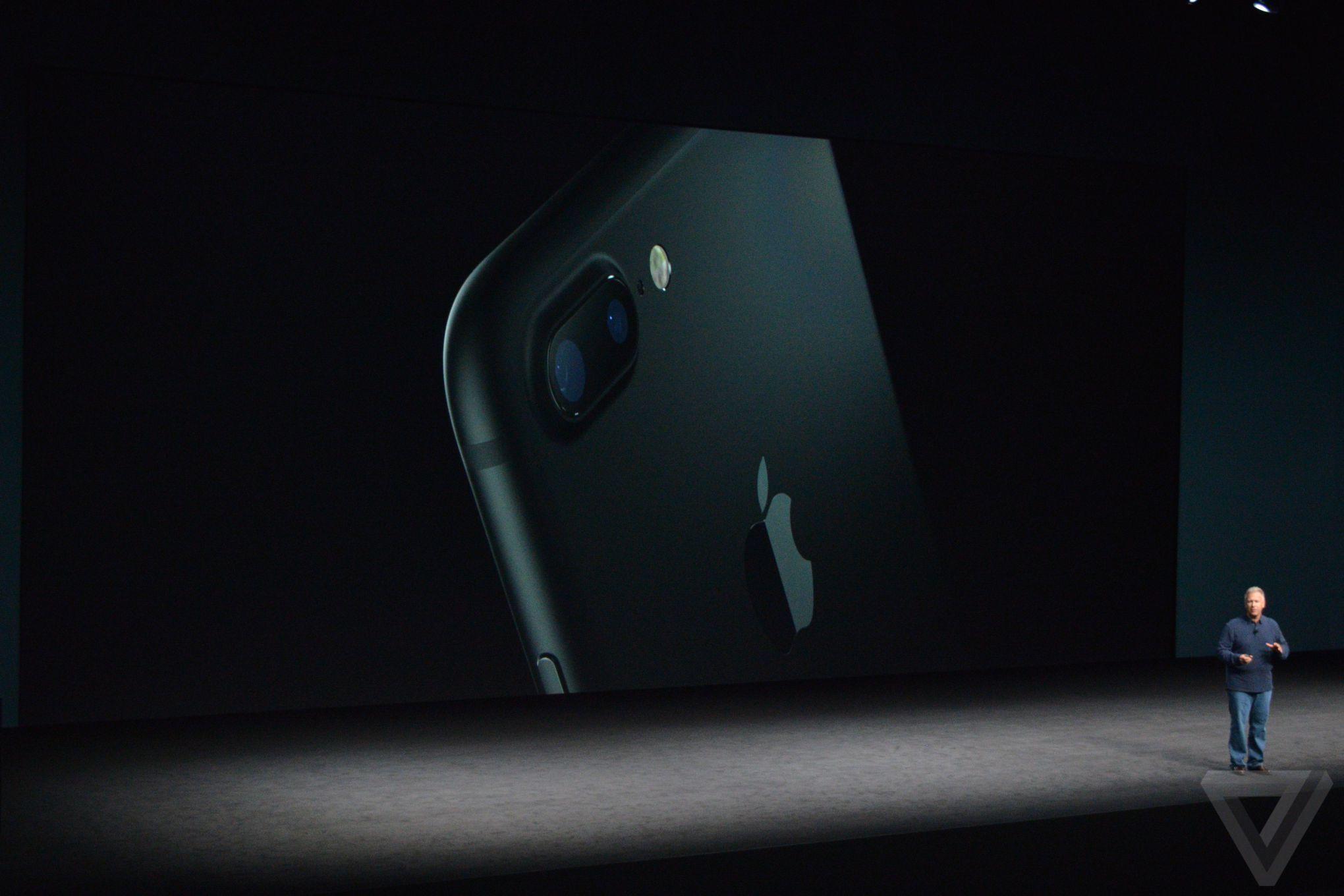 sihirli-elma-apple-etkinlik-300008.JPG
