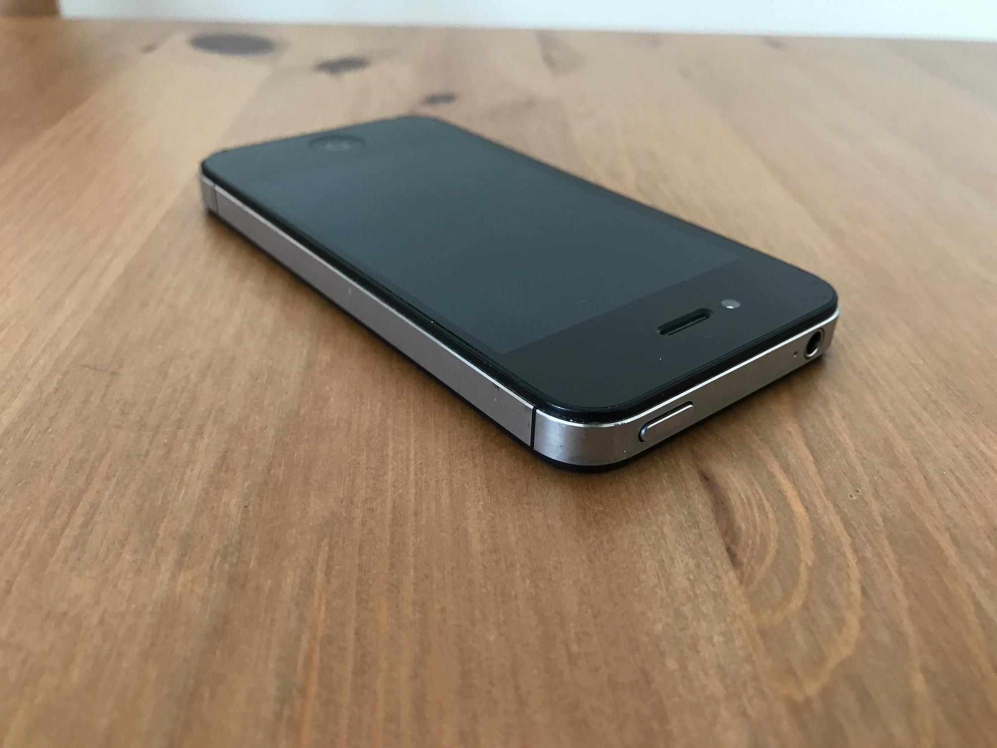 iphone-4-cdma.JPG