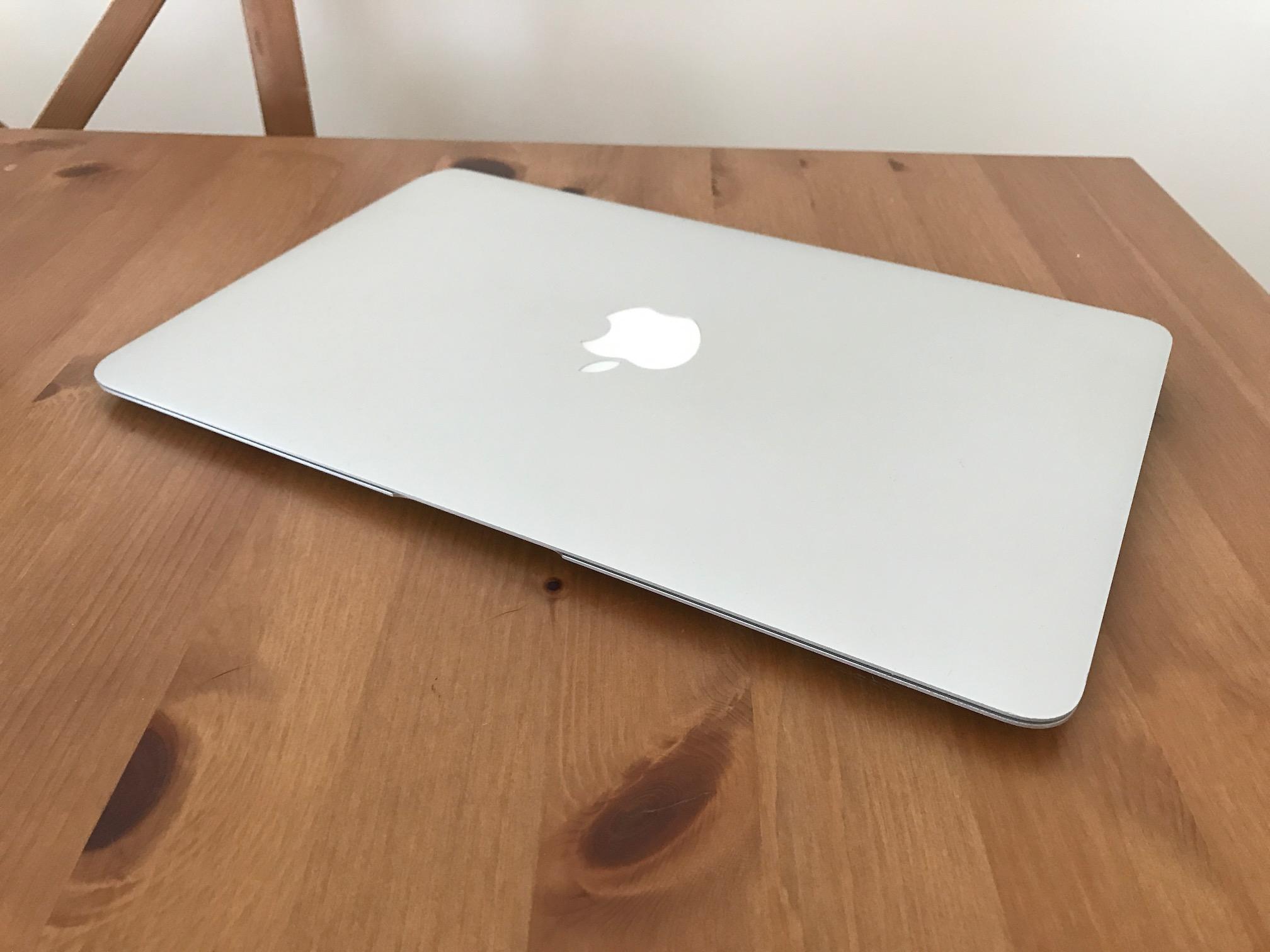 macbook-air-1.JPG