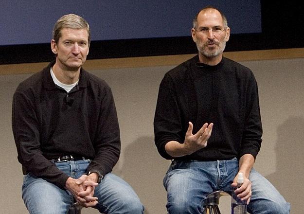 Tim Cook ve Steve Jobs