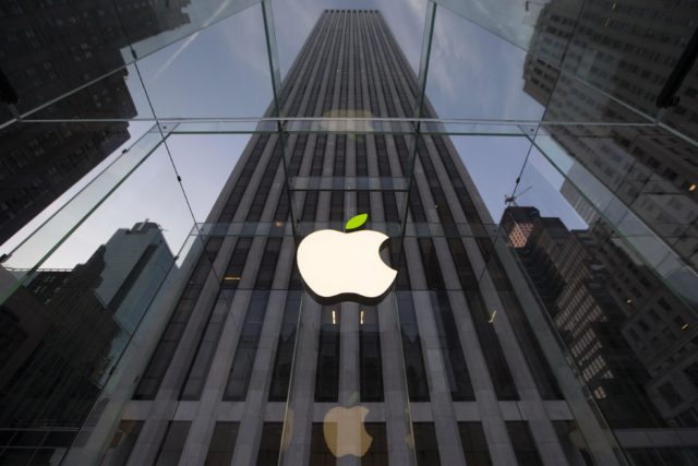 Apple, Çin'de iPhone Satışlarının Durdurulduğunu Reddetti!